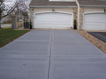 Broom Finished Driveway Great Plains Concrete